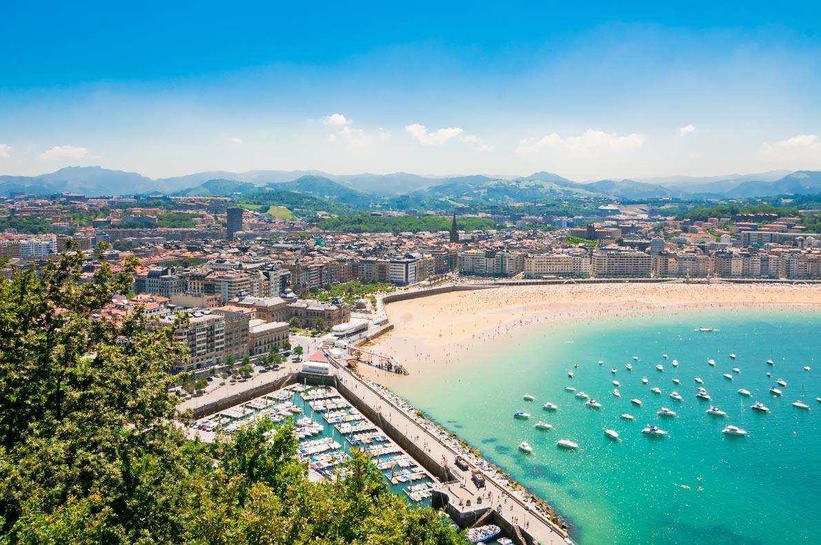 Best beaches in Europe - San Sebastian - Copyright  Alexander Demyanenko  - European Best Destinations