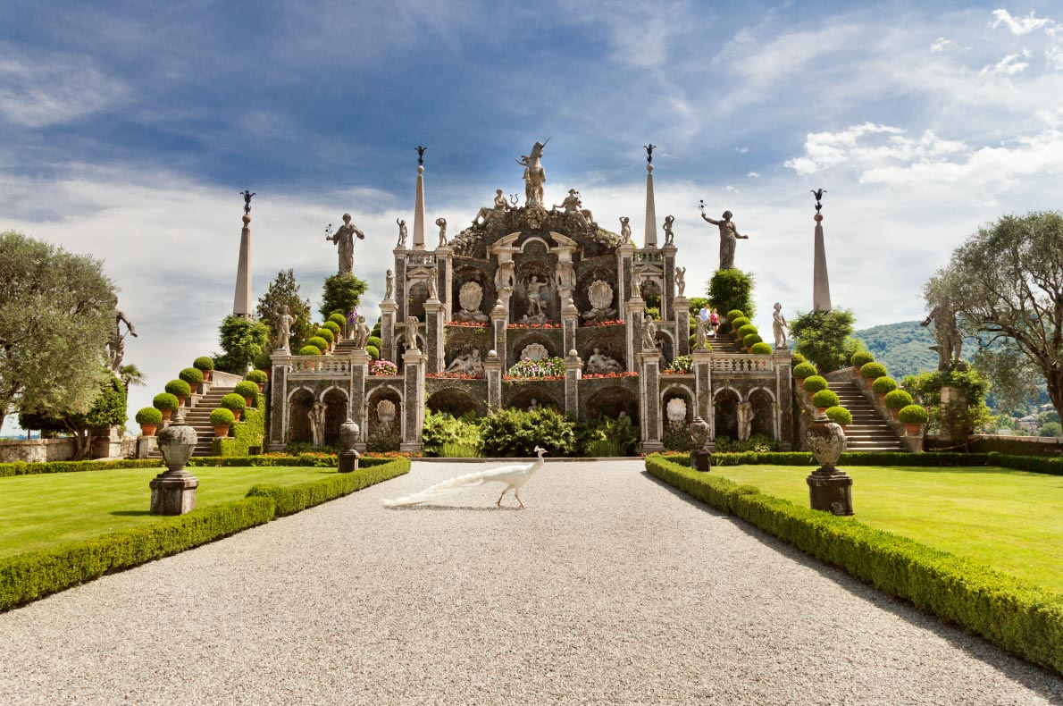 Best hidden gems in Italy - Isola Bella I- Lake Maggiore Copyright Olgysha - European Best Destinations