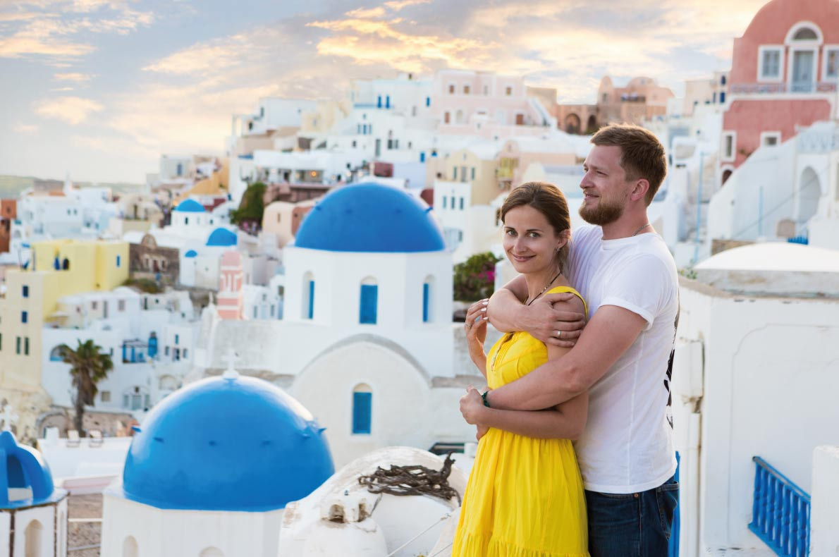 Santorini  - Best destinations for a wedding proposal - Copyright Fly_dragonfly - European Best Destinations