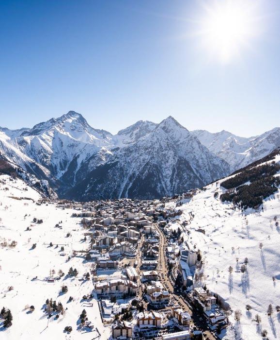 les-2-alpes-france-best-ski-resorts-europe