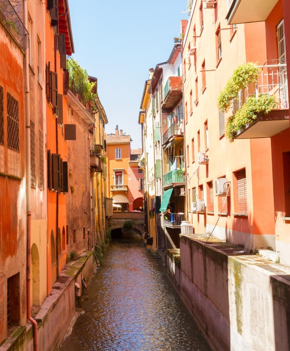 Bologna-romantic-destination-France