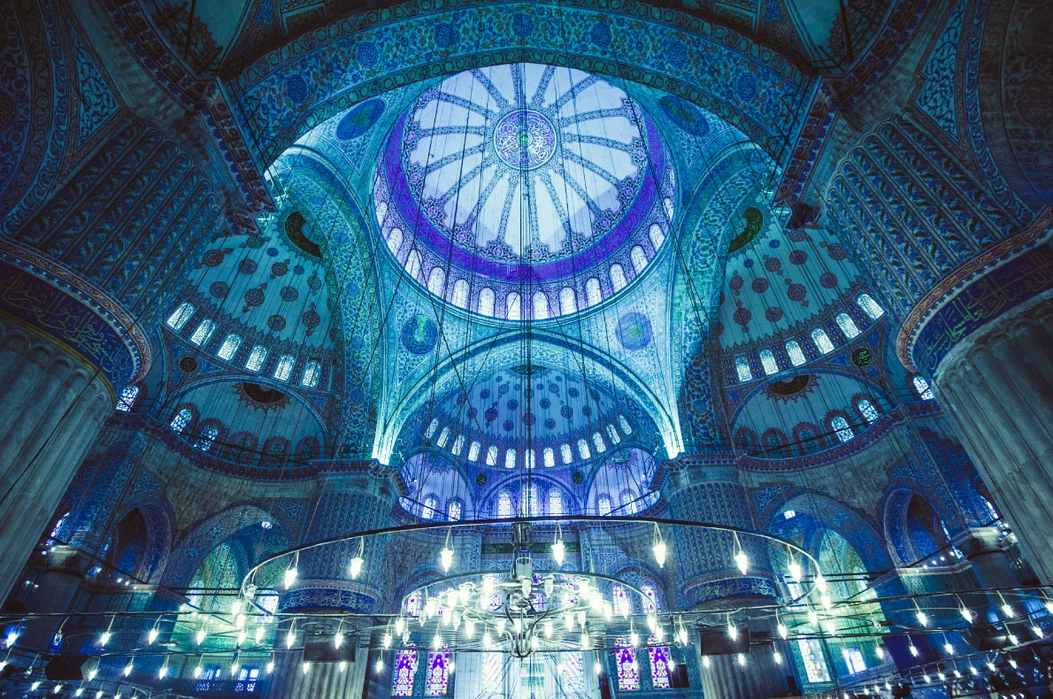 Best things to do in Turkey - Visit the Blue Mosque Copyright Yarygin - European Best Destinations