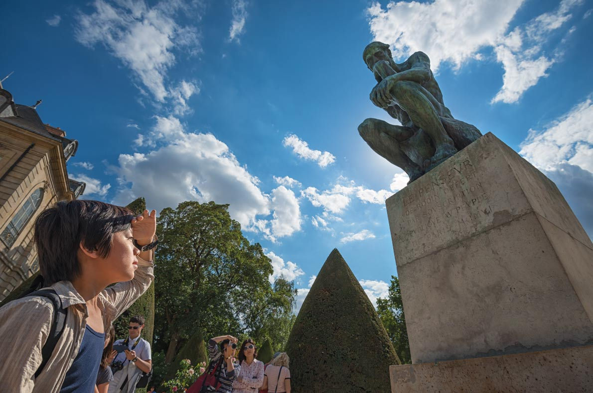 Le Penseur de Rodin  - Best Statues in Europe - Copyright Hung Chung Chih  Shutterstock.com  - European Best Destinations