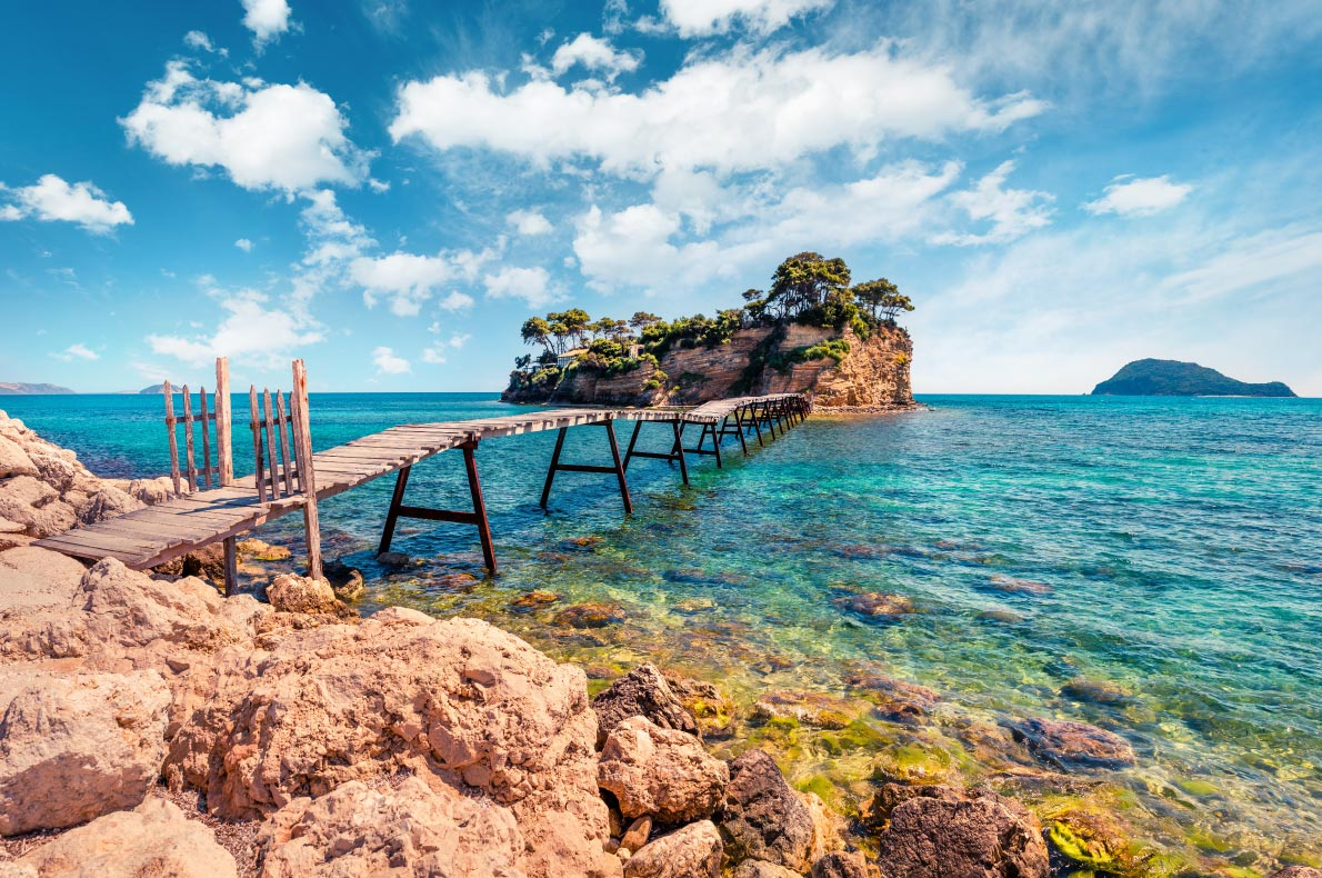 Best Islands in Greece - Cameo Island copyright  Andrew Mayovskyy - European Best Destinations