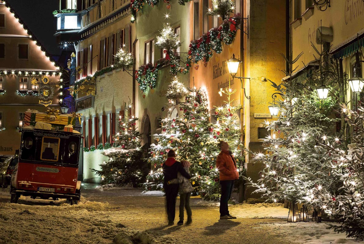 Rothenburg Christmas market - Copyright Rothenburg Tourismus Service / W. Pfitzinger