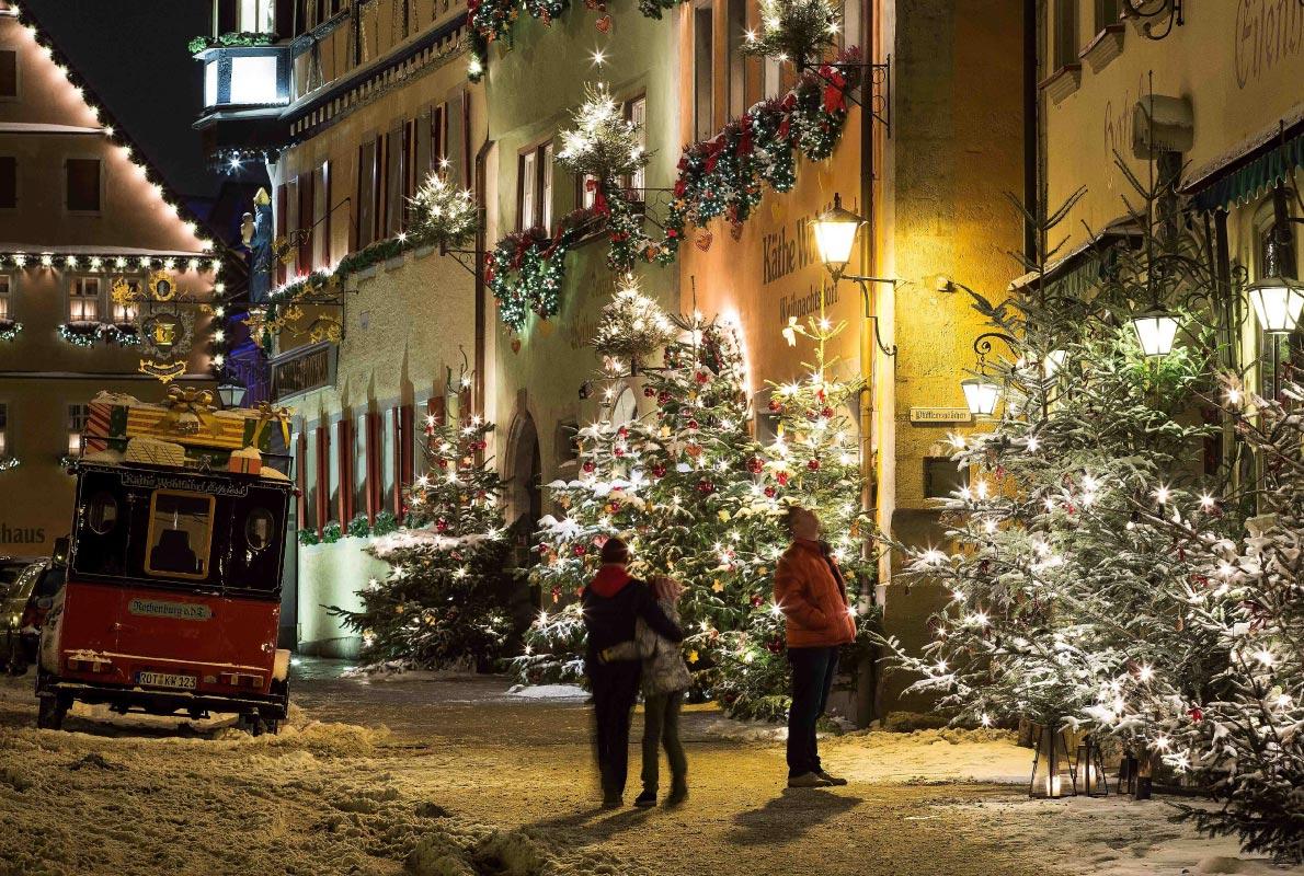 Rothenburg Christmas market - Copyright Rothenburg Tourismus Service / W. Pfitzinger
