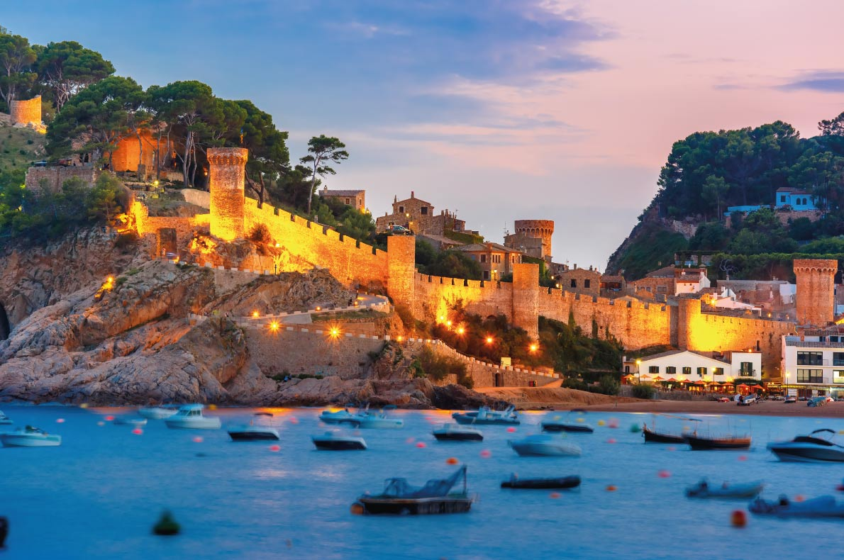 Tossa de mar - Best Fairytales destinations in Europe - Copyright kavalenkava volha - European Best Destinations