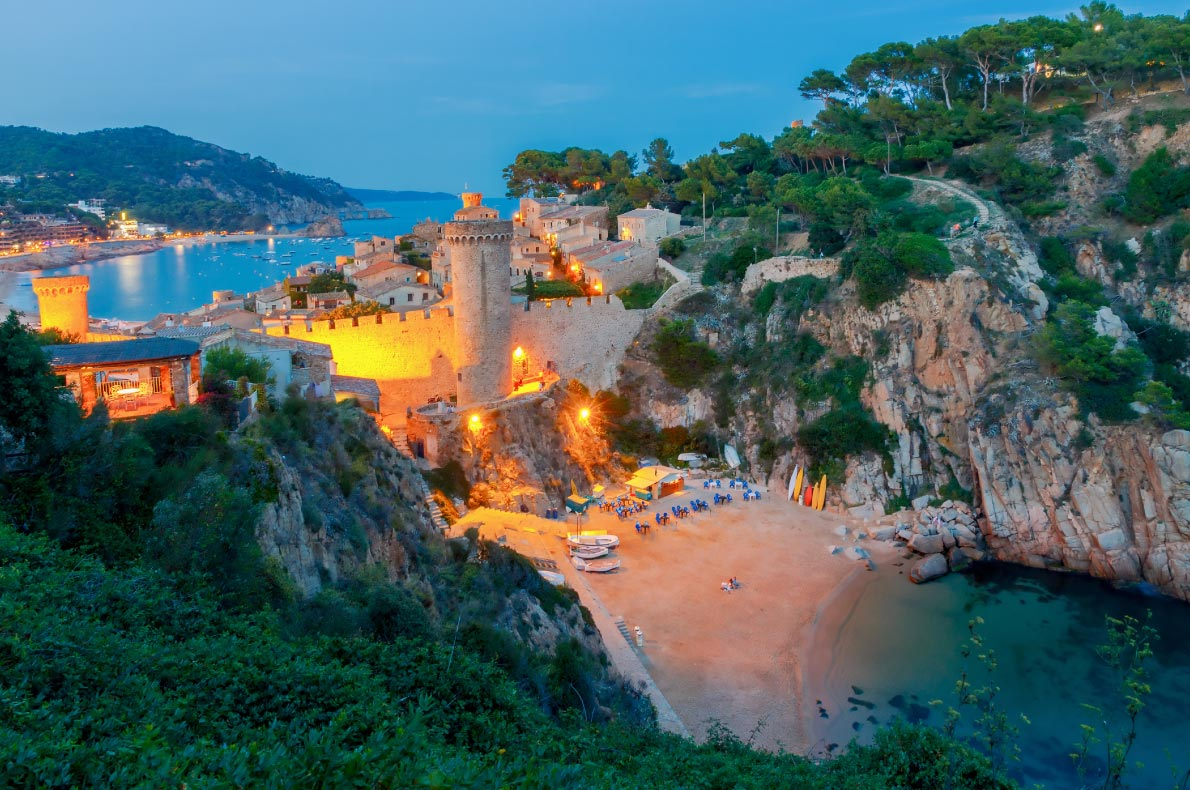 Best Castles in Spain - Tossa de Mar Copyright  kavalenkau - Copyright  - European Best Destinations