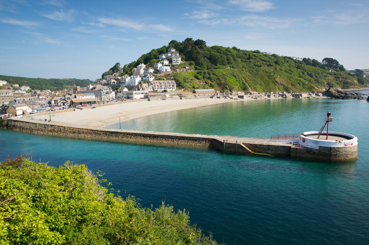 Best beaches in England - Looe beach in Looe copyright  Mike Charles  - European Best Destinations