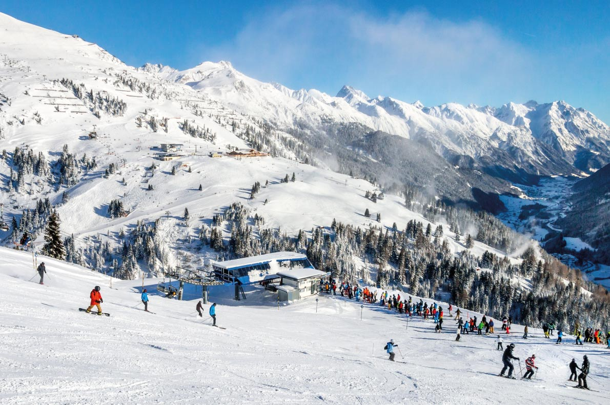 Best snowboard destinations in Europe - St Anton - Copyright  Boris-B - European Best Destinations