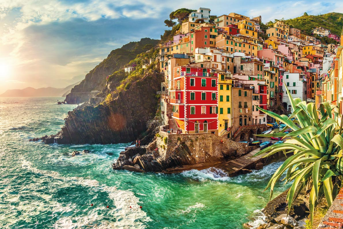 Colorful destinations in Europe - Riomaggiore  - Best colorfull destinations in Europe - Copyright  QQ7  - European Best Destinations