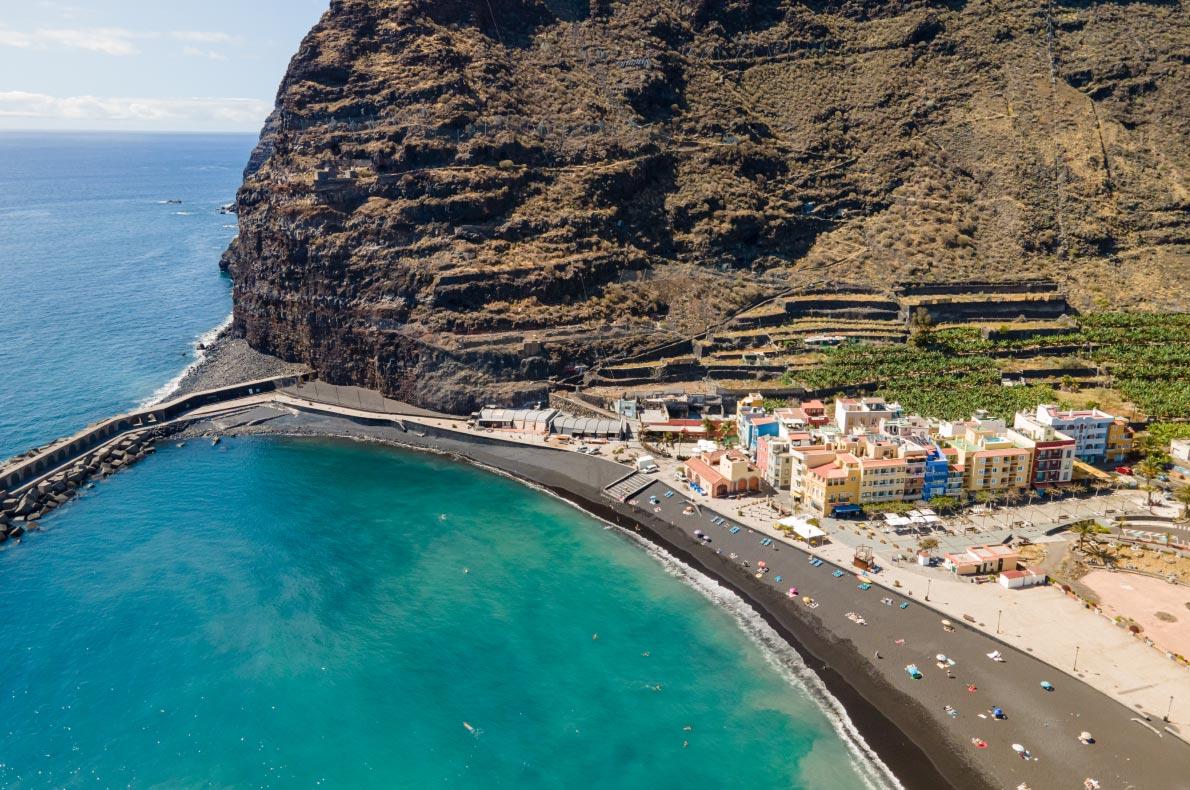 Coronavirus Safest and longuest beaches in Europe -  Ghajn Tuffieha in Malta Copyright  imagesef  - European Best Destinations