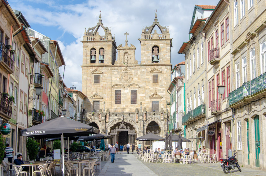 Braga best things to do - Cathedral of Braga