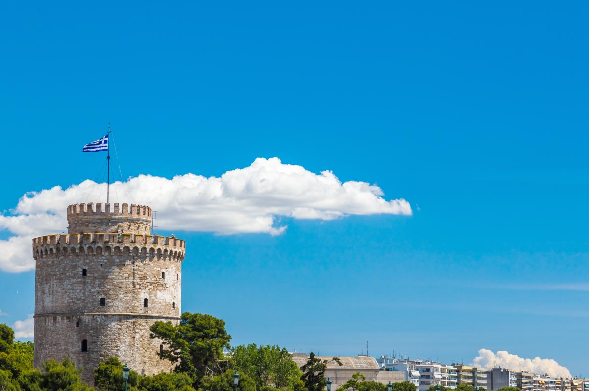 Best castles in Greece - White tower in Salonica copyright  PNIK - European Best Destinations