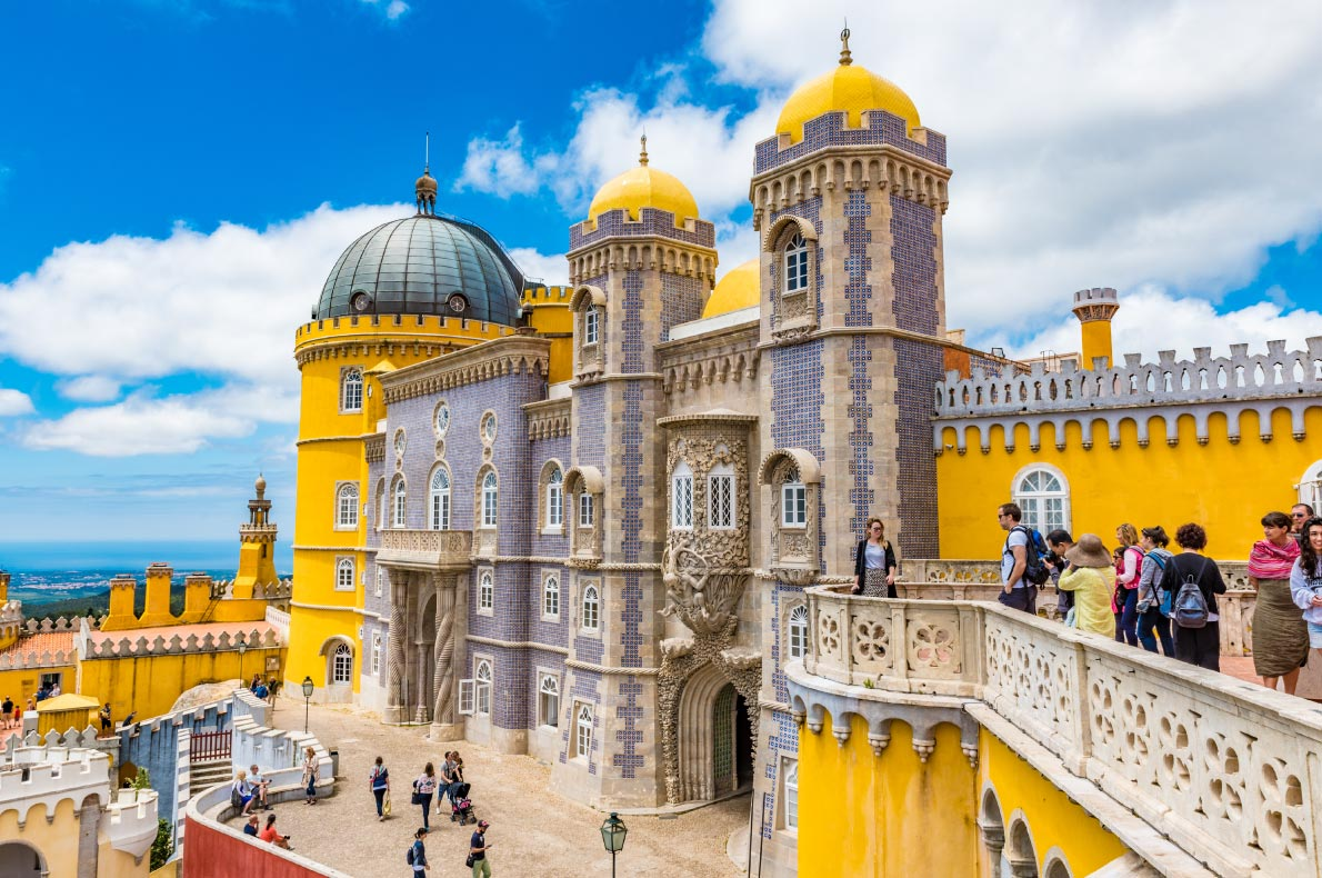 Portugal top things to do - Sintra Castle - Copyright  Takashi Images - European Best Destinations