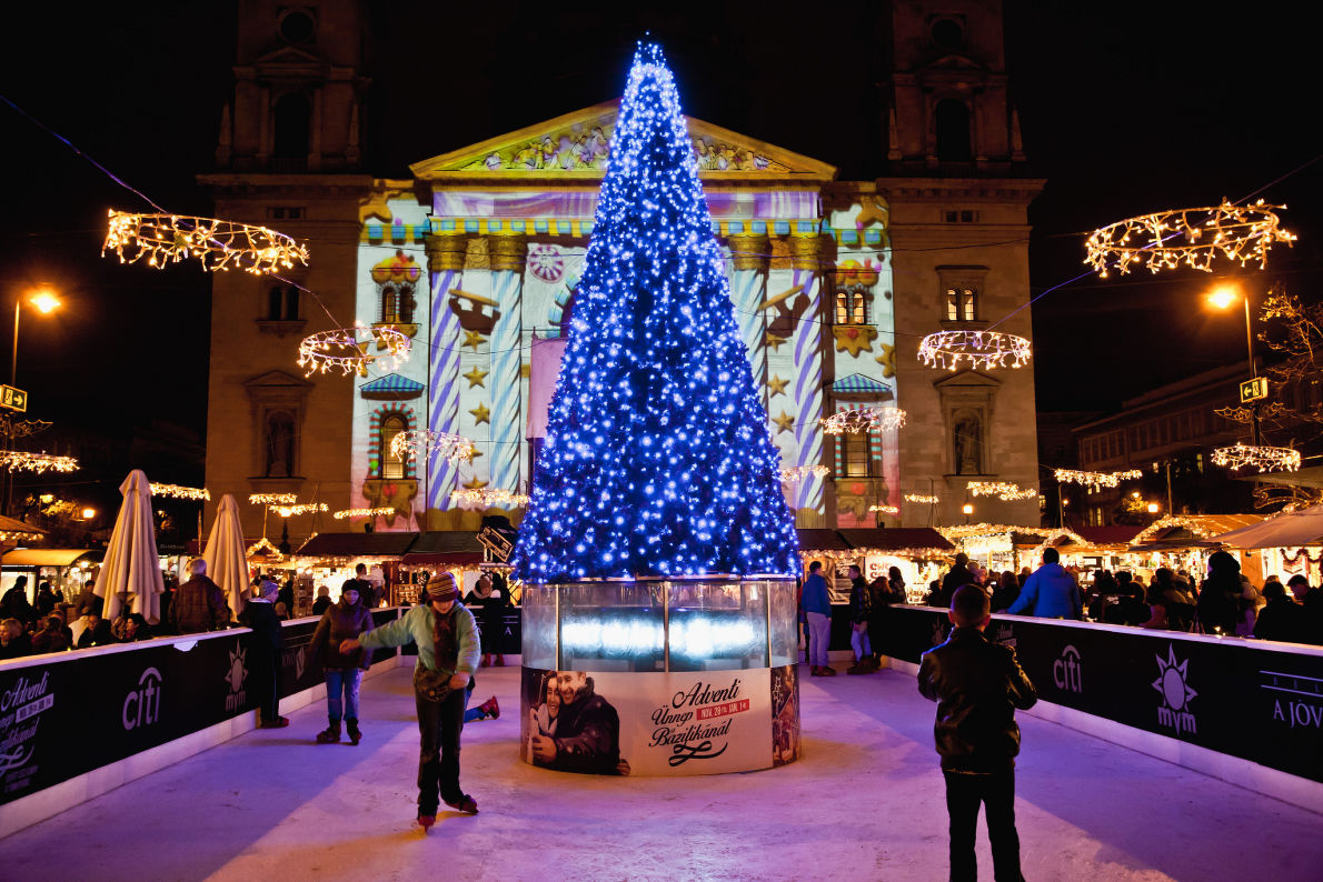 Best Christmas Breaks - Budapest Christmas Market - copyright  Futo Beata- European Best Destinations