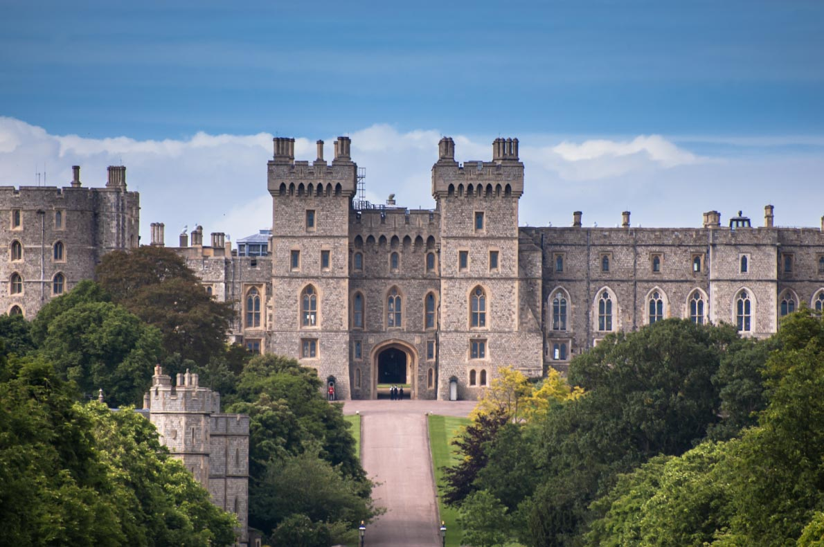 Best Castles in England - Windsor Castle Copyright  kozer    - European Best Destinations