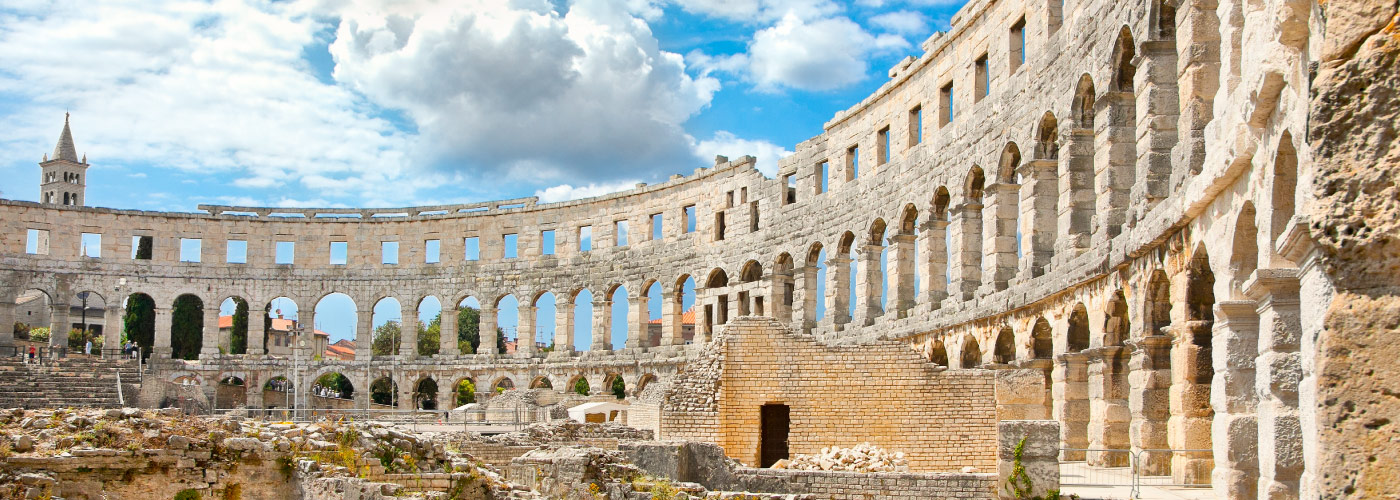 visit-pula-croatia-travel-guide
