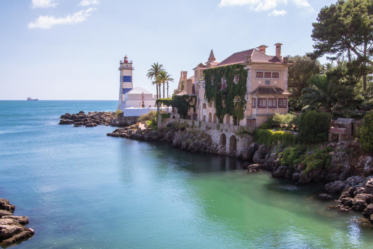 In her Majesty Name - Estoril - Best movie locations in Europe - Copyright D.Bond  - European Best Destinations