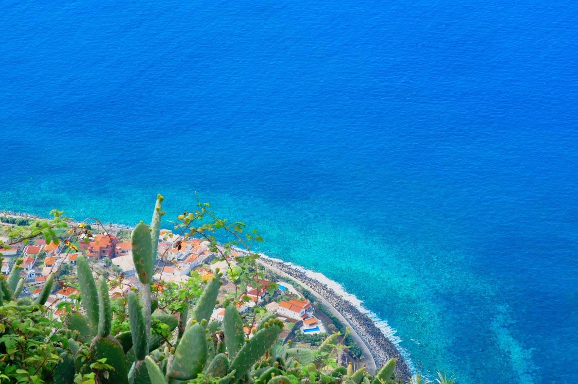 Best beaches in Madeira - Jardim do Mar Beach - copyright Kate_gps