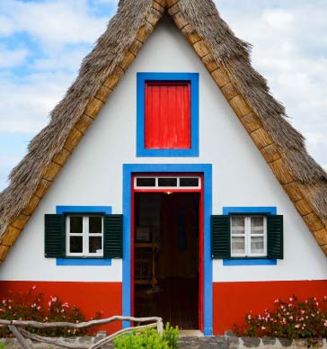 santana-traditional-houses-madeira
