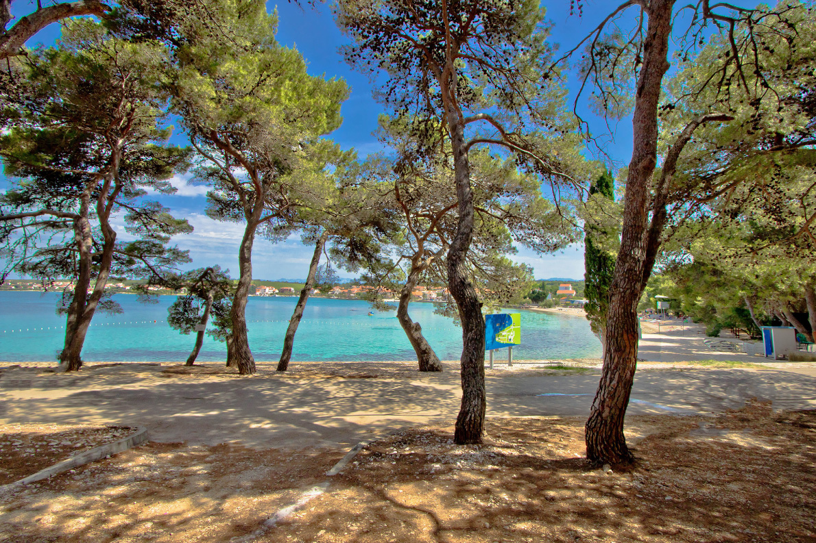 Petrcane beach near Zadar by xbrchx