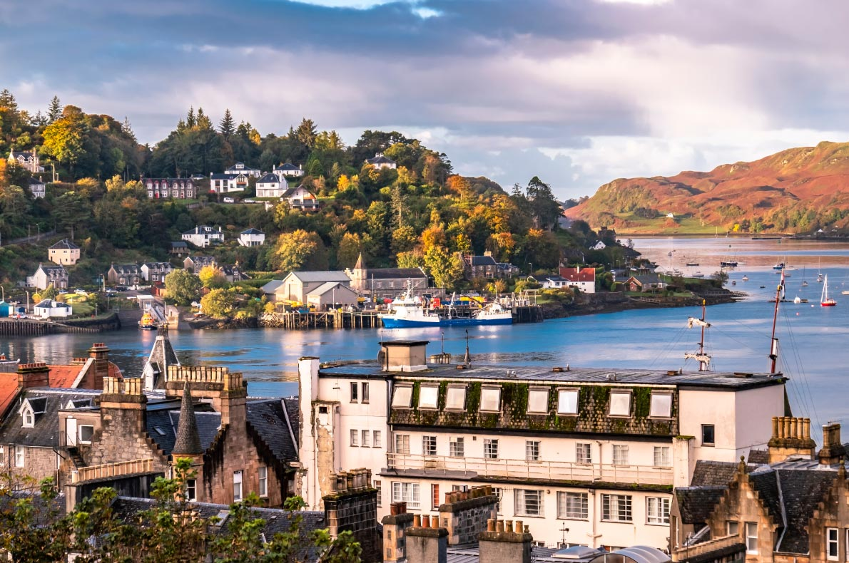 Best places to visit in Scotland - Oban copyright  Lukassek  - European Best Destinations