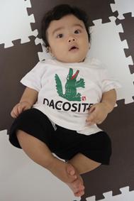 赤ちゃんかわいいtシャツ