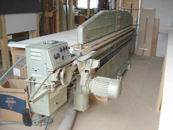 Furnierbearbeitungsmaschine: Für das zuschneiden von Furnier