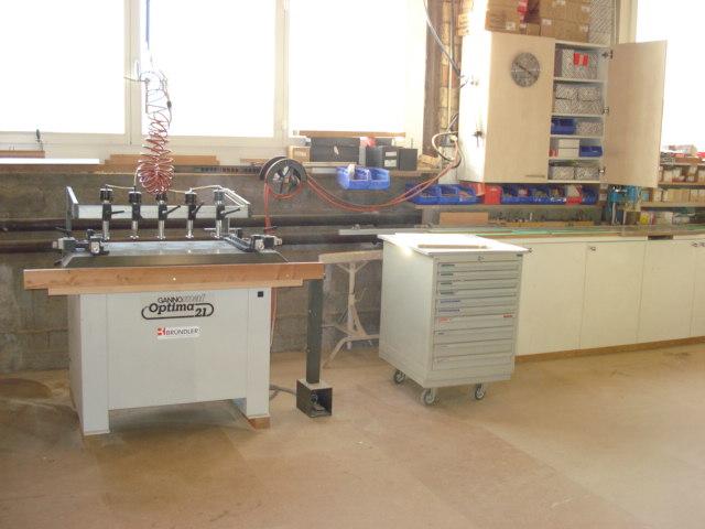 Dübel- und Reihenloch Bohrmaschine: Für Reihenbohrungen und Schrankverbindungen