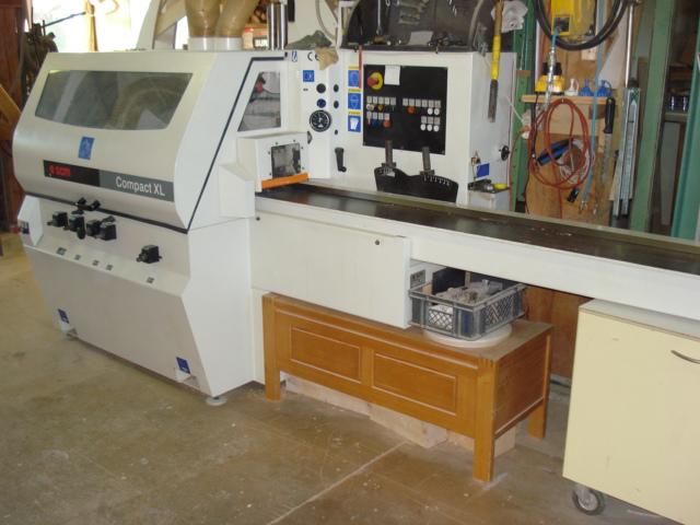 Hobelmaschine 4-seiter: Für das 4-seitige bearbeiten und profilieren von Massivholz