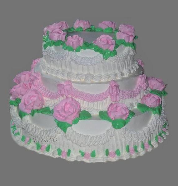 Трехъярусный кремовый торт, 7 кг
