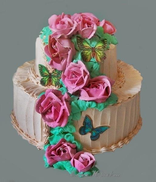 Двухъярусный кремовый  торт, 2,6 кг
