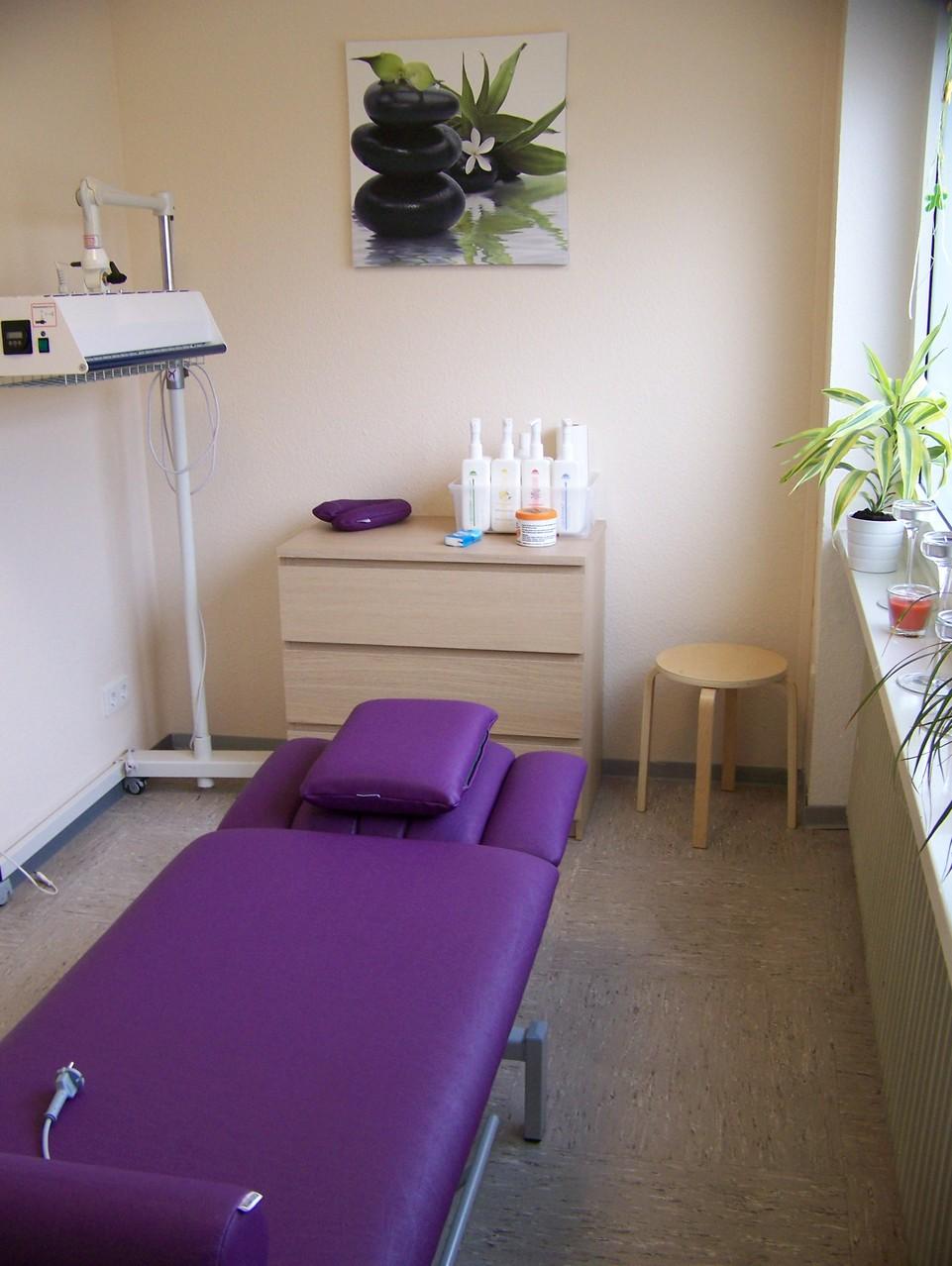 Behandlungsraum 3 und Wellness