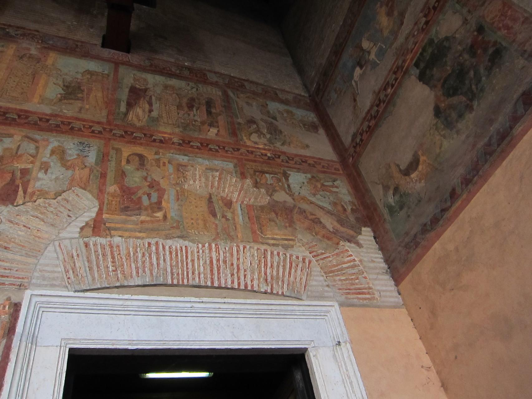 網焼きで殉教した聖ロレンツオの様子が描かれています