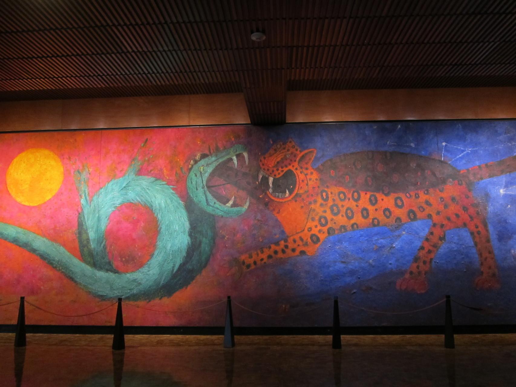 羽の蛇とジャガー