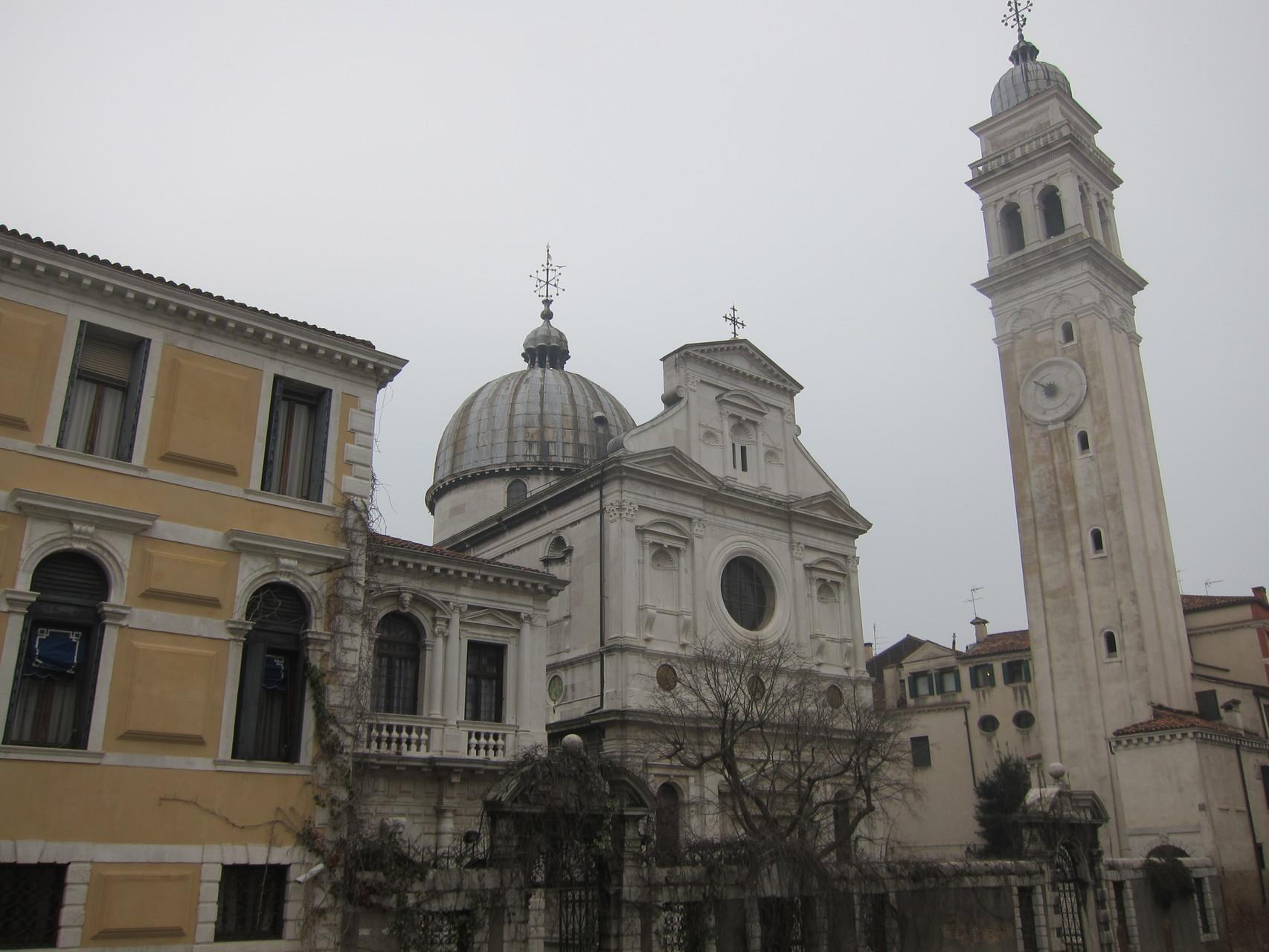 これはギリシャ正教の教会です。