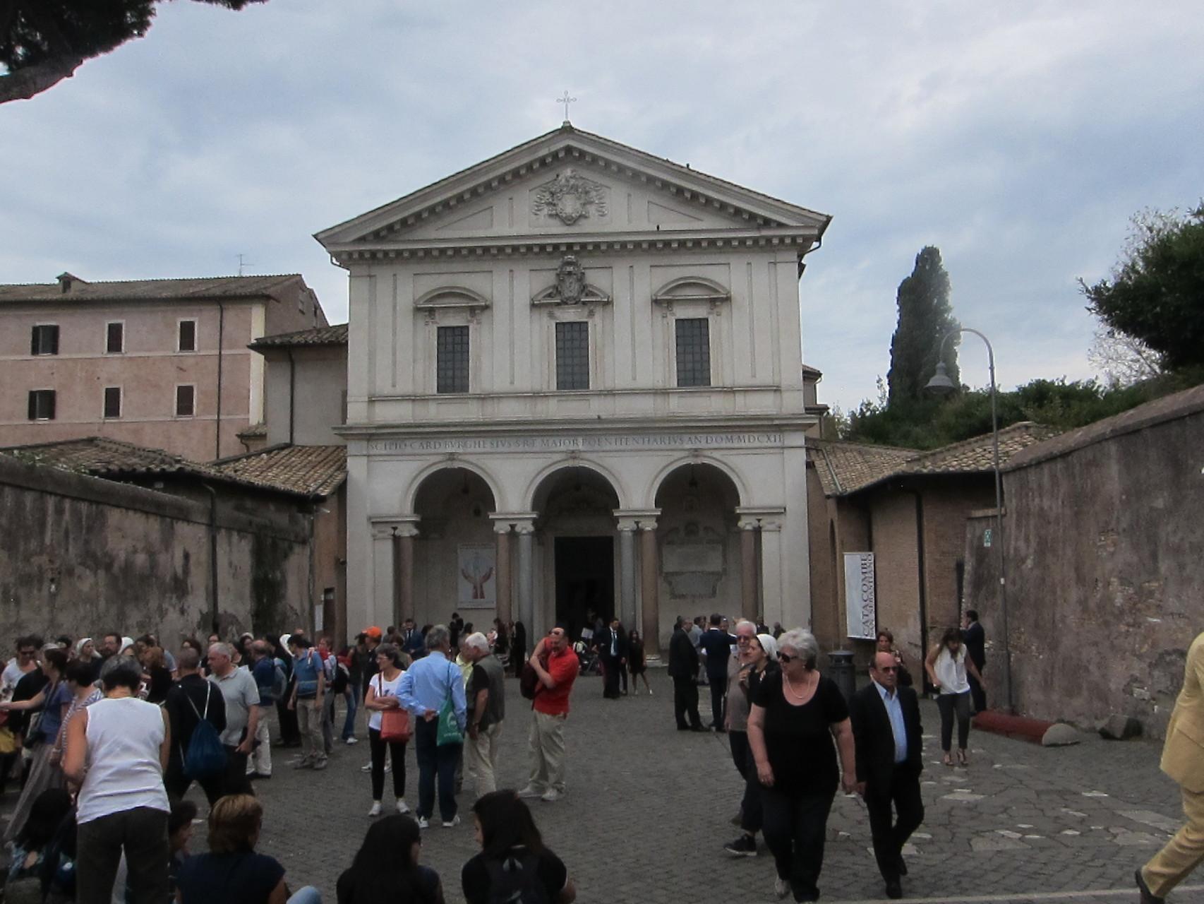 サンセバスチアーノ大聖堂ミサ中なので写しません