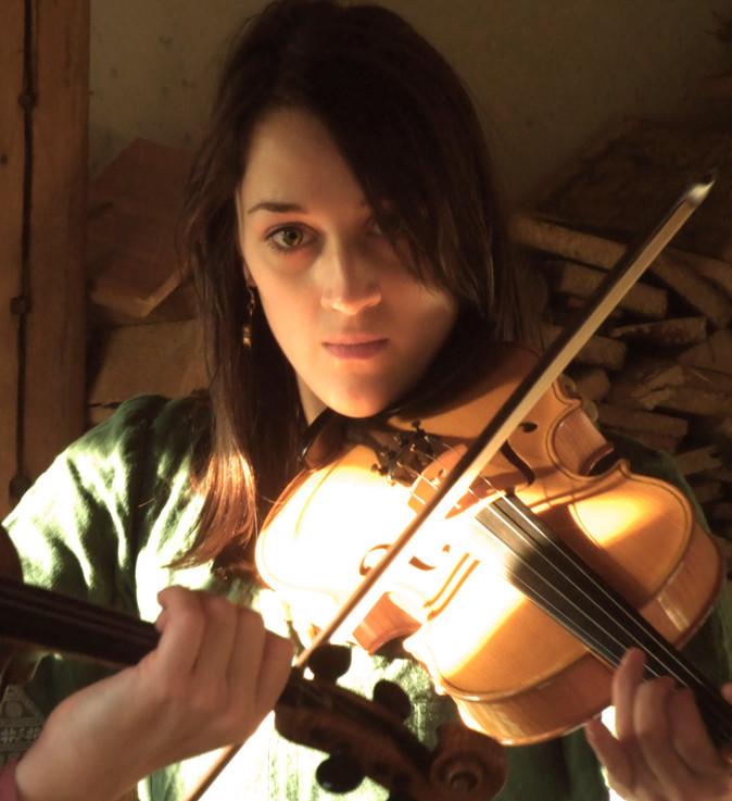Stefanie Reisenzahn-Gesang,Geige