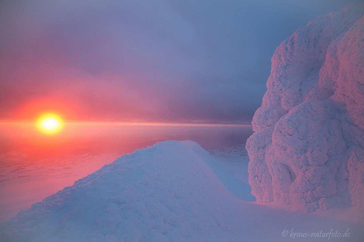 Blick vom Snaefellsjökull mit Sonnenhalo über den Westfjorden