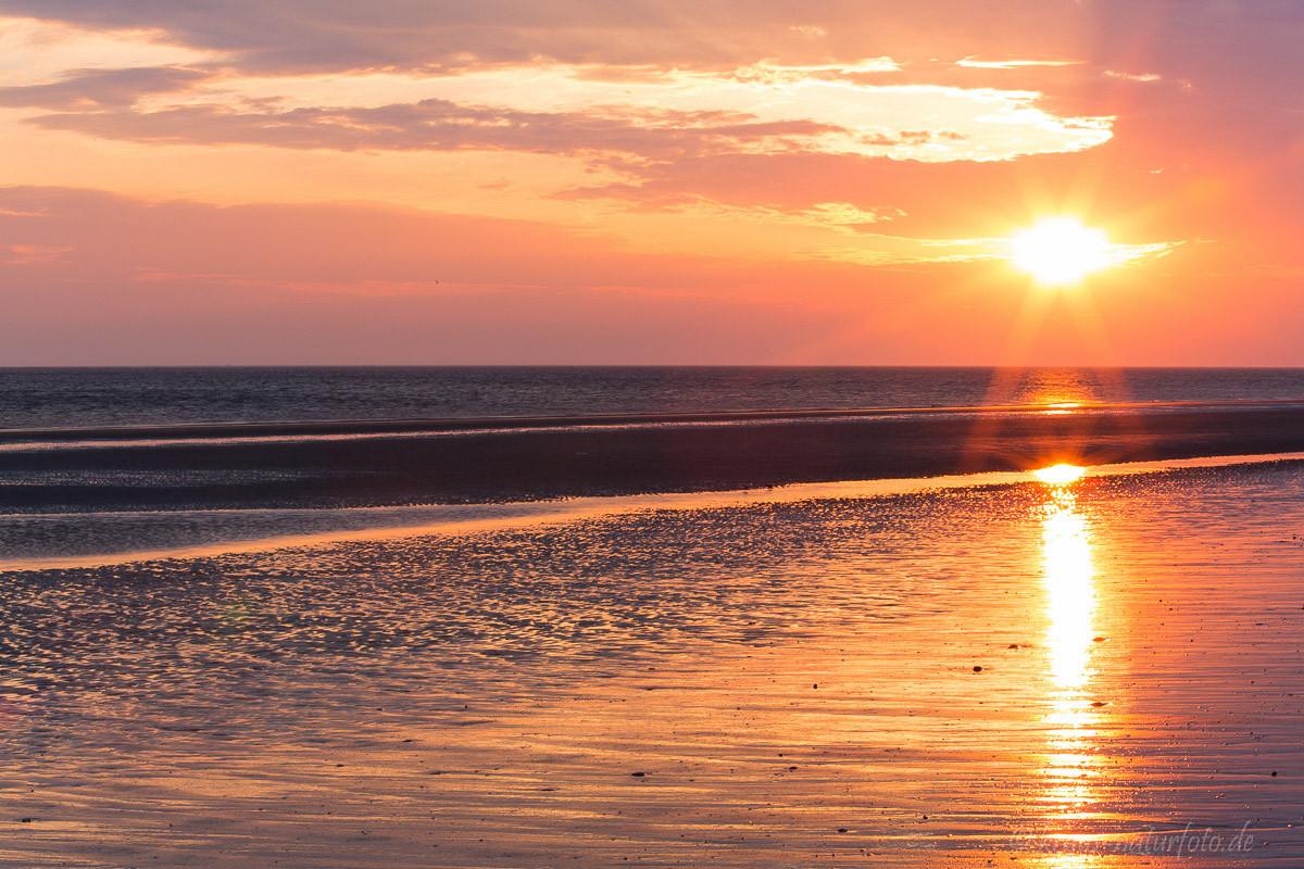 Sonnenuntergang am Strand von Amrum