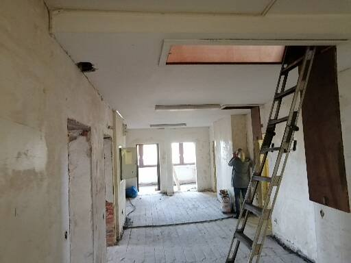 Rückbau einer kompletten Etage (3.OG) inkl. Dachstuhl-vorher