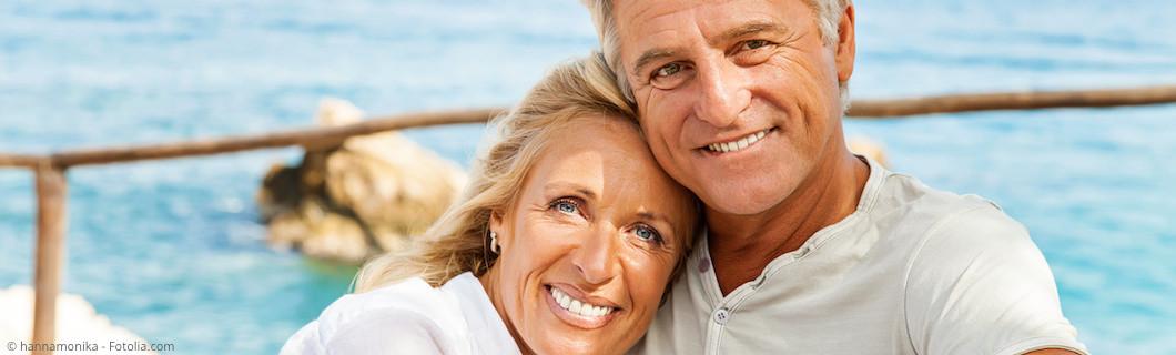 Implantate und Zahnersatz tragen zur Lebensqualität bei.