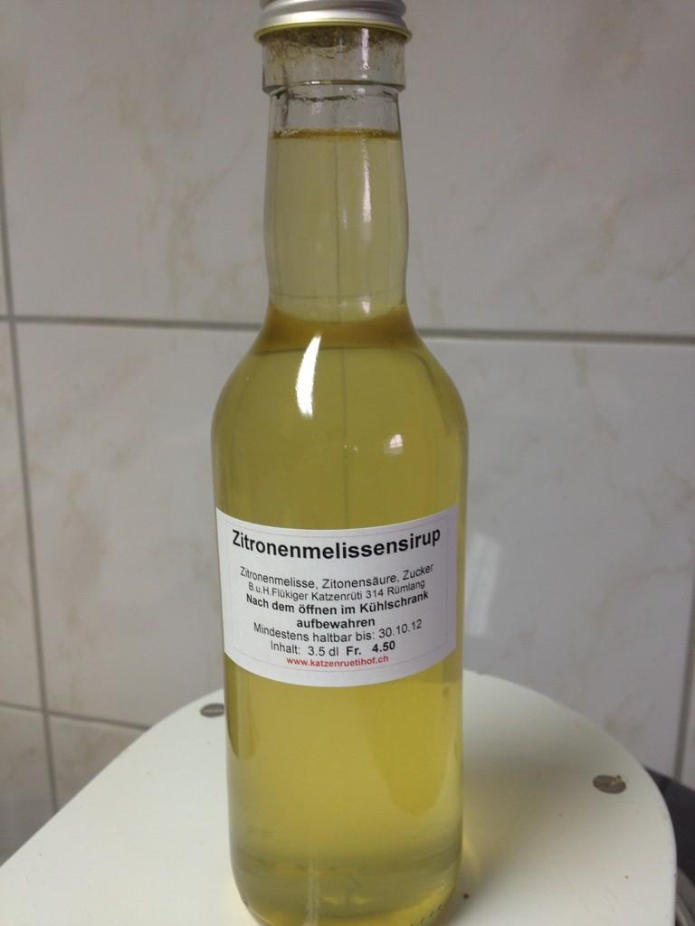Zitronenmelissensirup