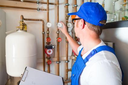 Wartung und Installation (Rauchmelderwartung, Heizungswartung, Elektroinstallation und Trinkwasserproben)