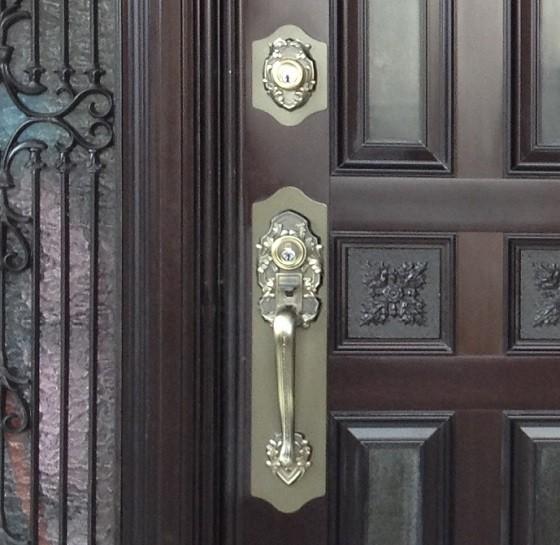 錠前と鍵穴の拡大写真