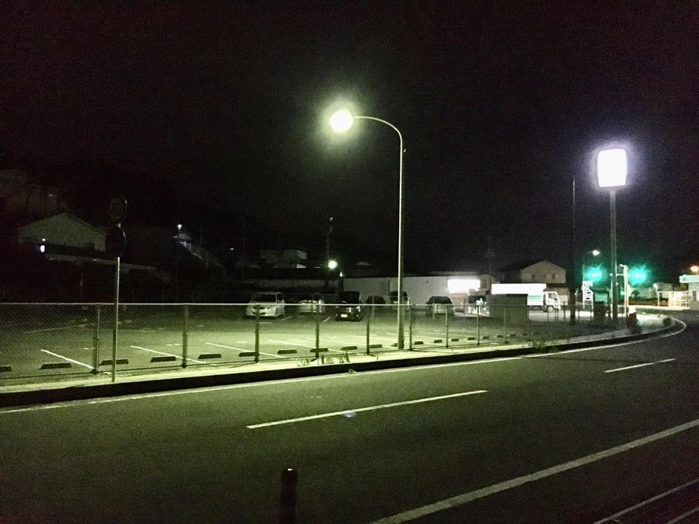 AM3:30頃の瀬戸港の有料駐車場(セブンイレブン側)