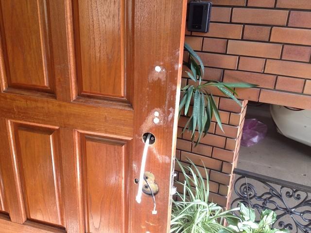 施工中のドア