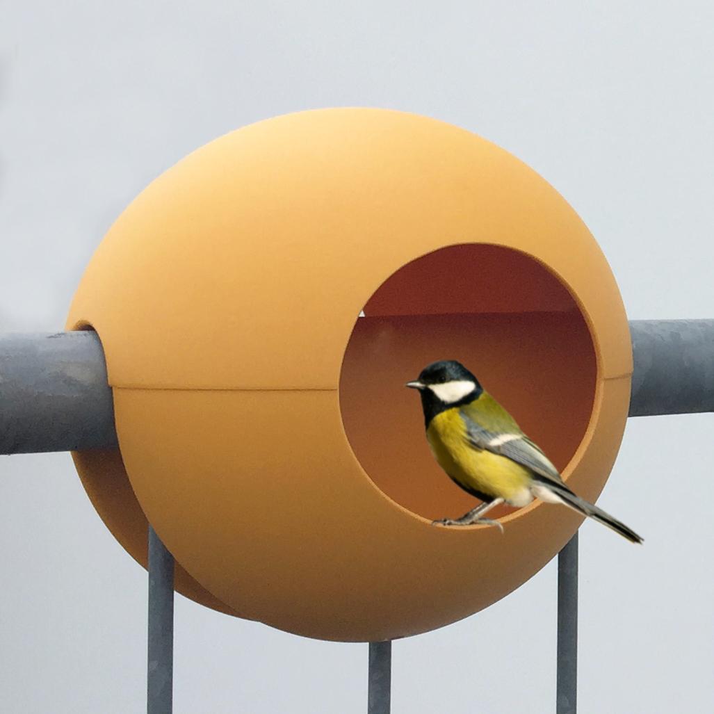 birdball balkon vogelh uschen der design balkon the. Black Bedroom Furniture Sets. Home Design Ideas