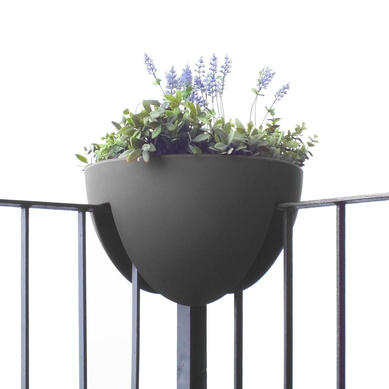 eckling gel ndertopf f r ecken balkon design. Black Bedroom Furniture Sets. Home Design Ideas